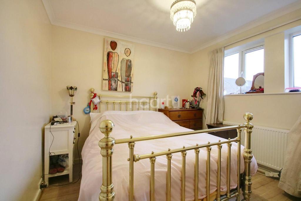 3 Bedrooms End Of Terrace House for sale in Wentbridge Path, Borehamwood