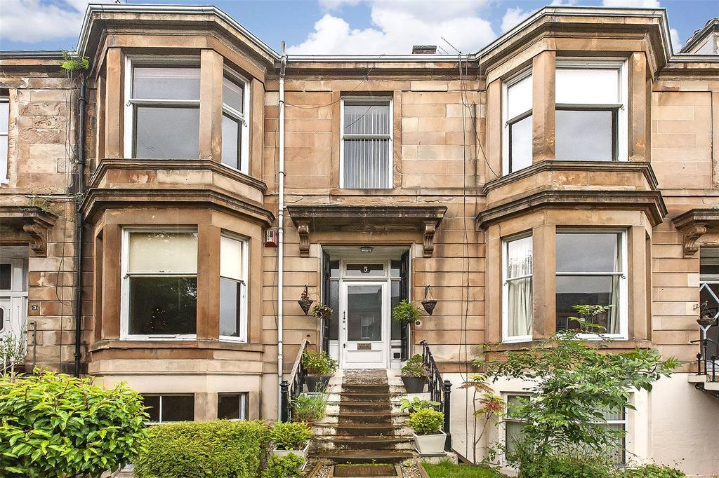 2 Bedrooms Flat for sale in Garden Flat, 5 Queen Square, Strathbungo, Glasgow, G41
