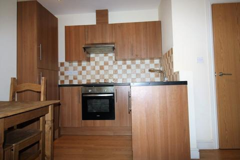 1 bedroom flat to rent - Colum Road