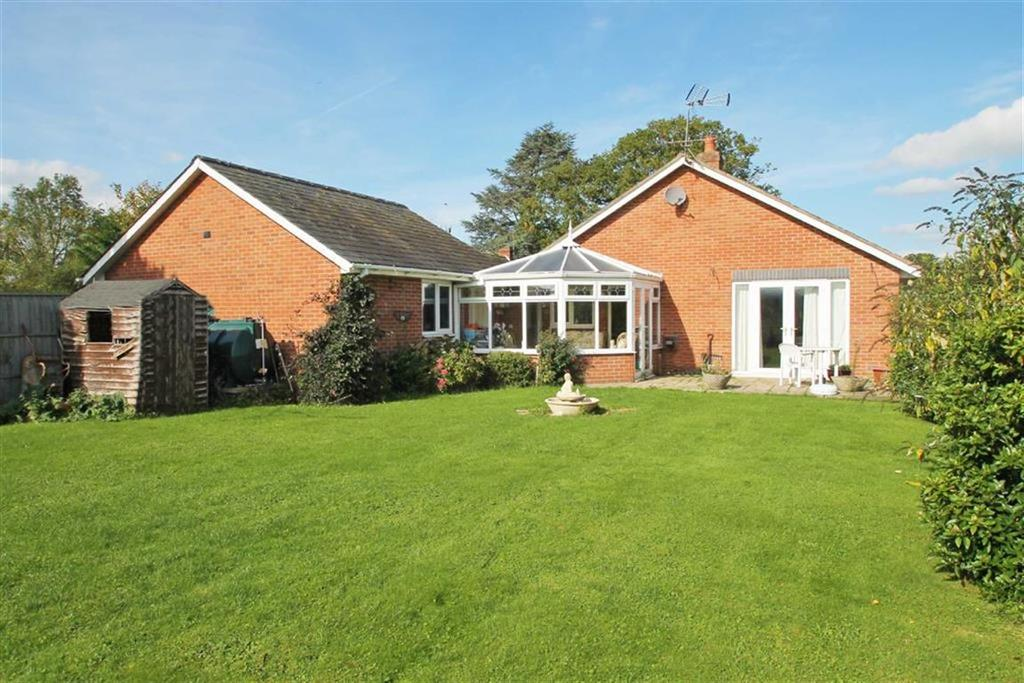 3 Bedrooms Detached Bungalow for sale in EARDISLEY, Eardisley, Herefordshire
