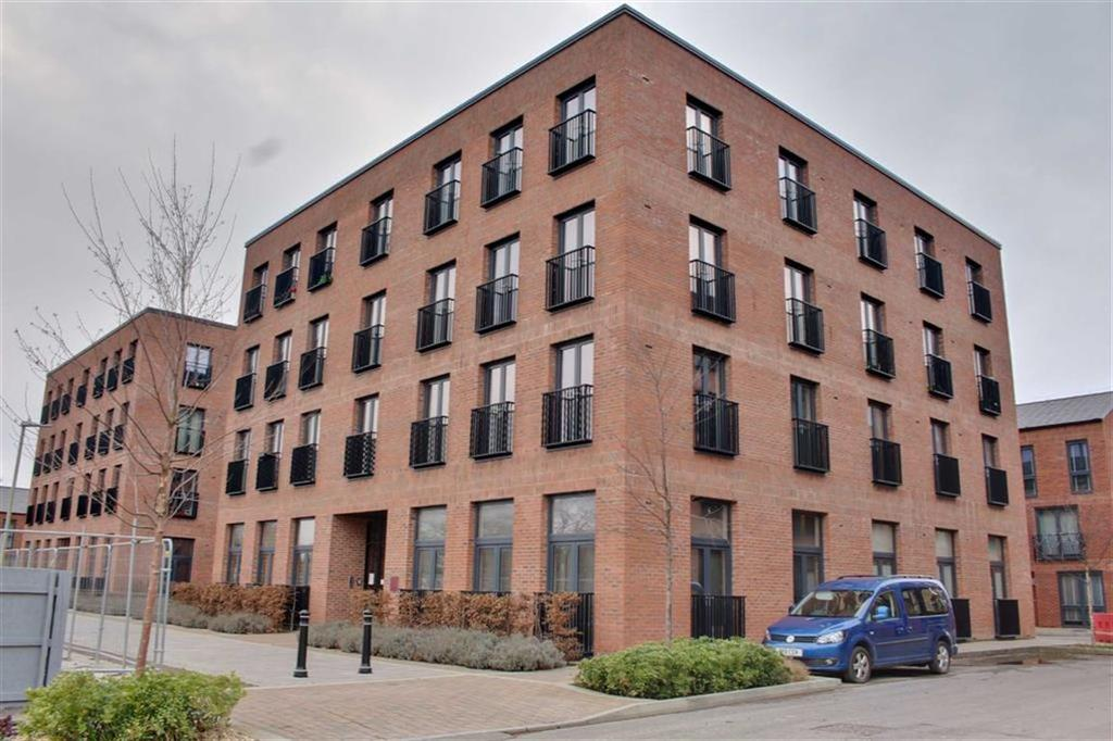 2 Bedrooms Apartment Flat for sale in 1 Friars Orchard, Gloucester