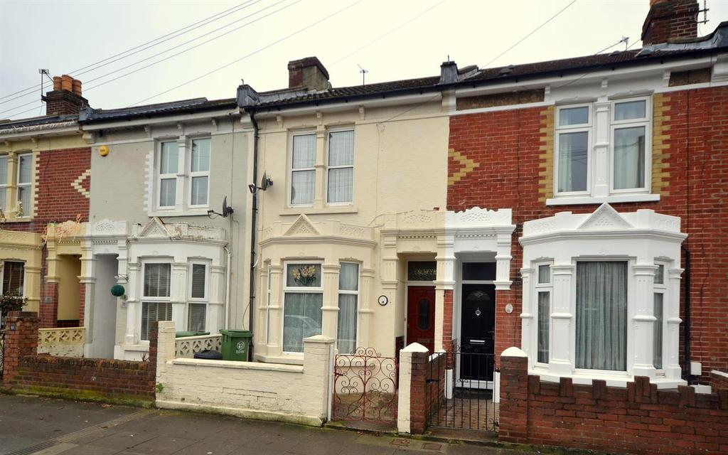 3 Bedrooms Terraced House for sale in Crofton Road, North End, Portsmouth