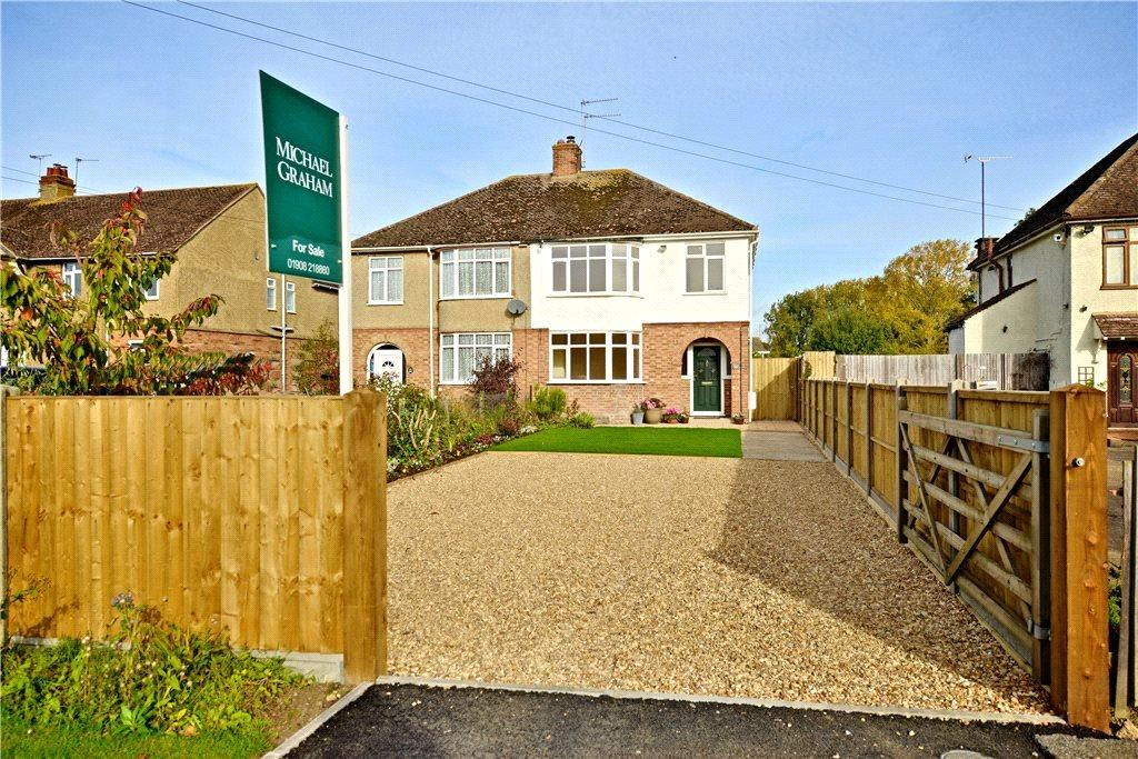 3 Bedrooms Semi Detached House for rent in Chicheley Street, Newport Pagnell, Buckinghamshire