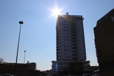 2 bedroom apartment to rent - The Horizon, LE1