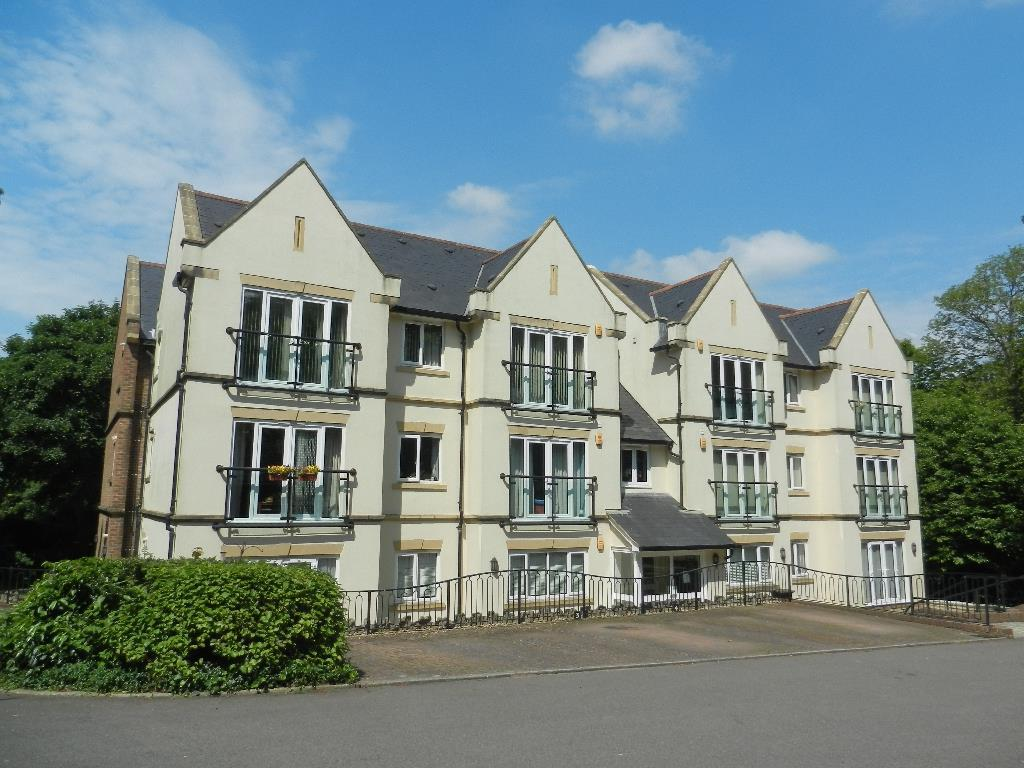 2 Bedrooms Flat for rent in Hollington Park Road, St. Leonards-On-Sea