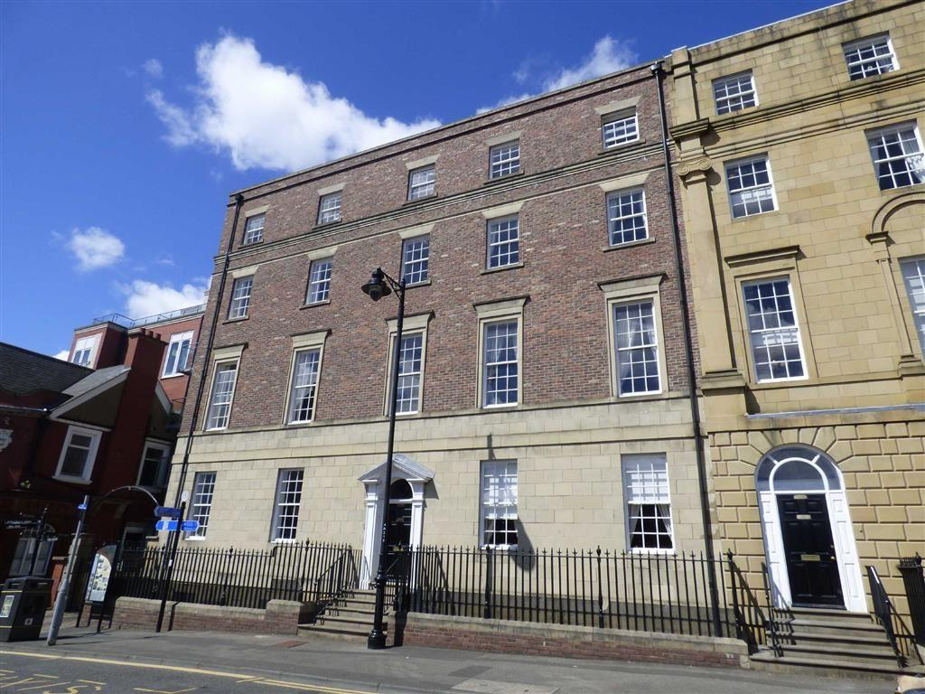 2 Bedrooms Flat for rent in Collingwood Mansions, North Shields