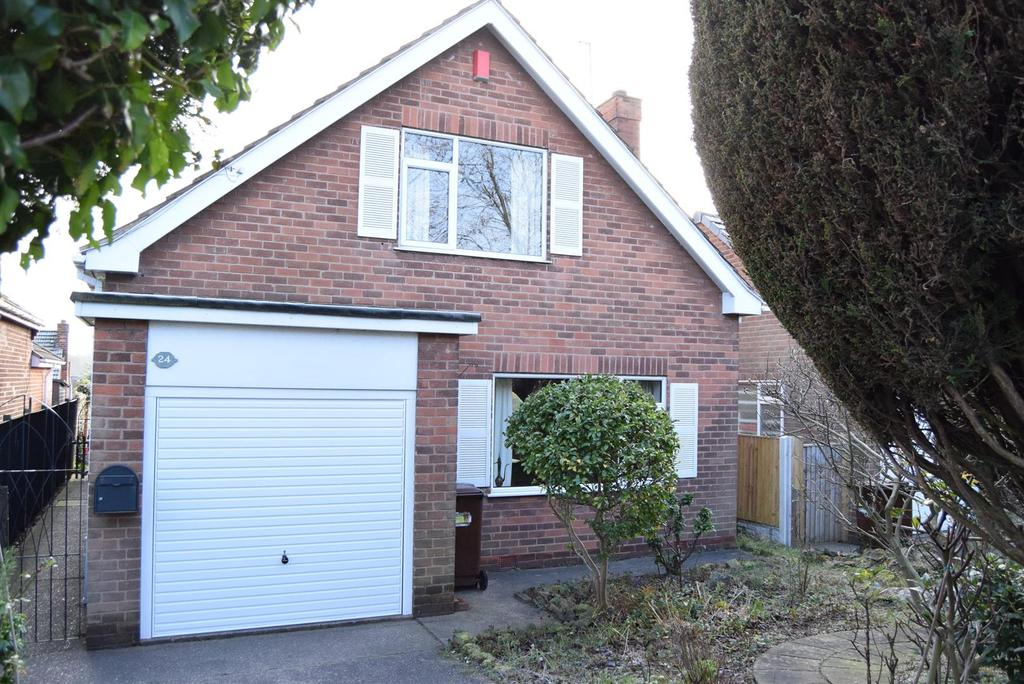 3 Bedrooms Detached House for sale in Clipstone Road West, Forest Town