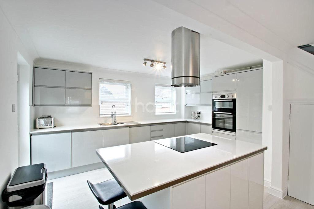 4 Bedrooms Detached House for sale in Abercorn Way, Witham, CM8