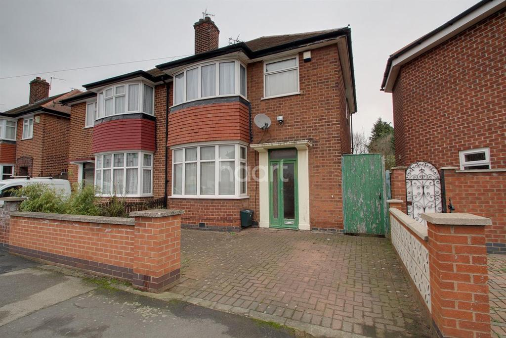 3 Bedrooms Semi Detached House for sale in Bembridge Road, Leicester