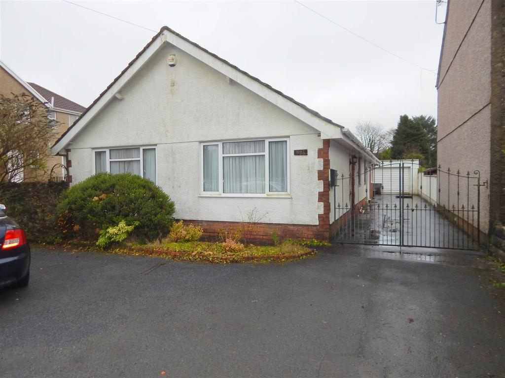 3 Bedrooms Detached Bungalow for sale in Llangyfelach Road, Tirdeunaw, Swansea