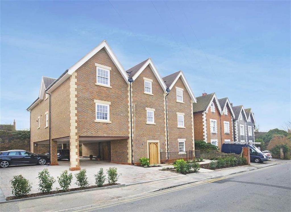 2 Bedrooms Flat for sale in Nightingale Road, Guildford, Surrey, GU1