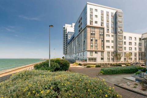 2 bedroom ground floor flat for sale - 10/2 Western Harbour Breakwater, Edinburgh, EH6 6PZ