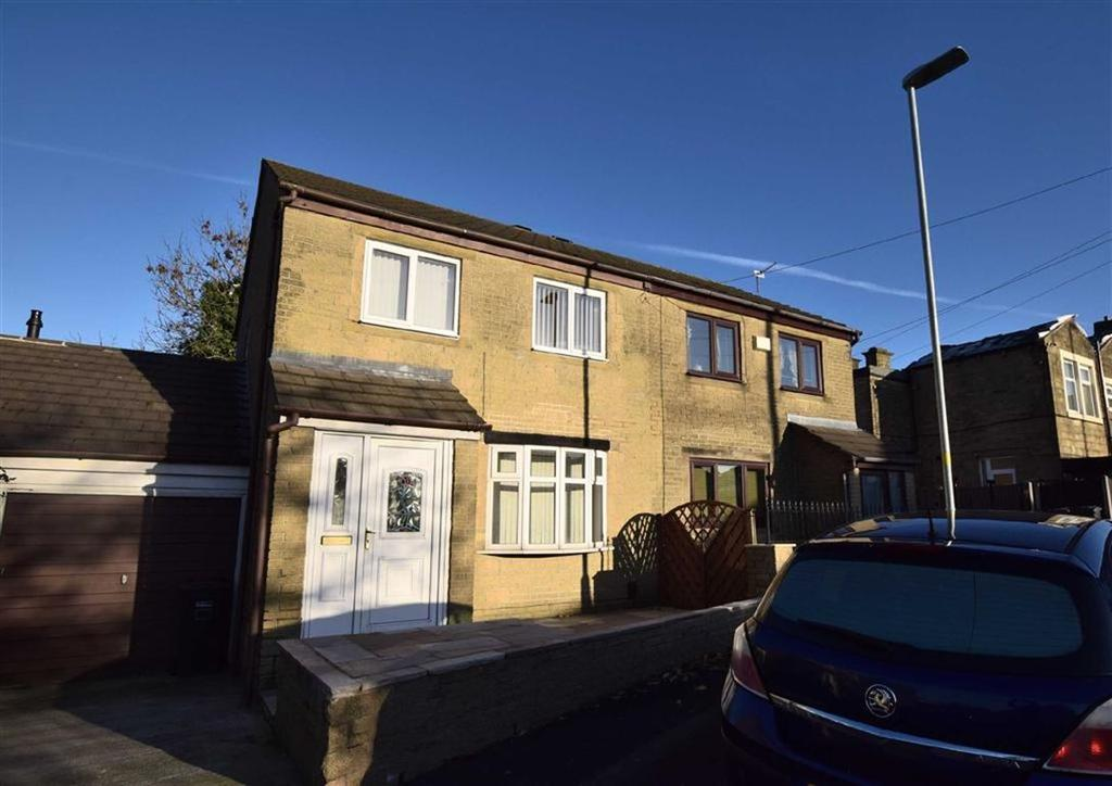 2 Bedrooms Town House for rent in Lee Road, Nelson, Lancashire