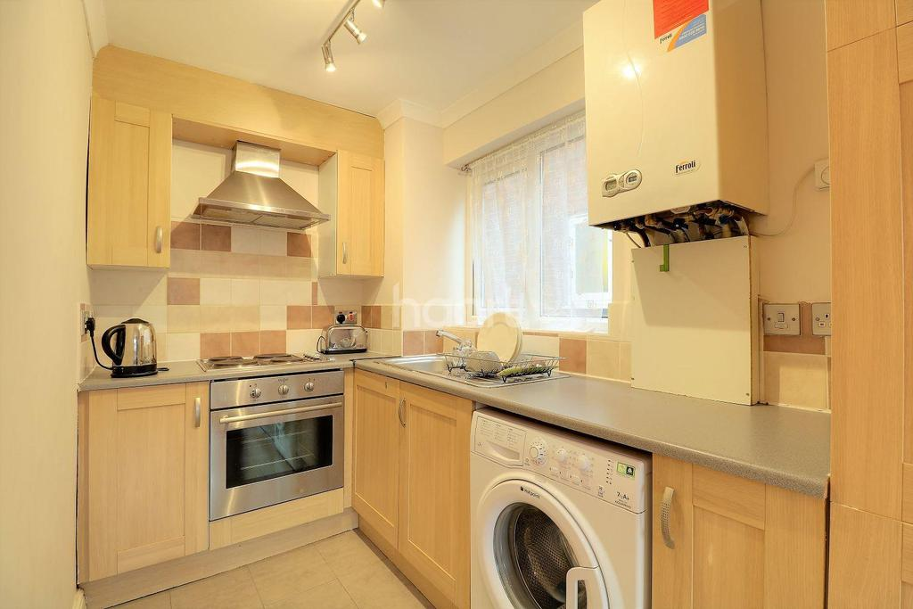 1 Bedroom Flat for sale in Manor Road, Stratford, London, E15