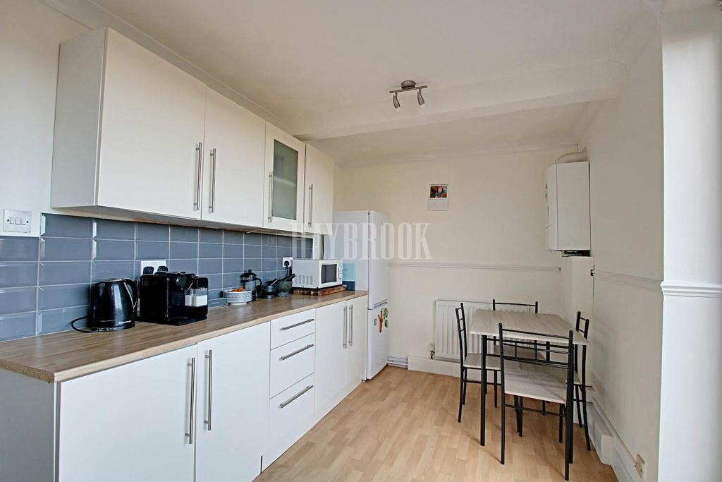 2 Bedrooms Terraced House for sale in Naylor Road, Oughtibridge