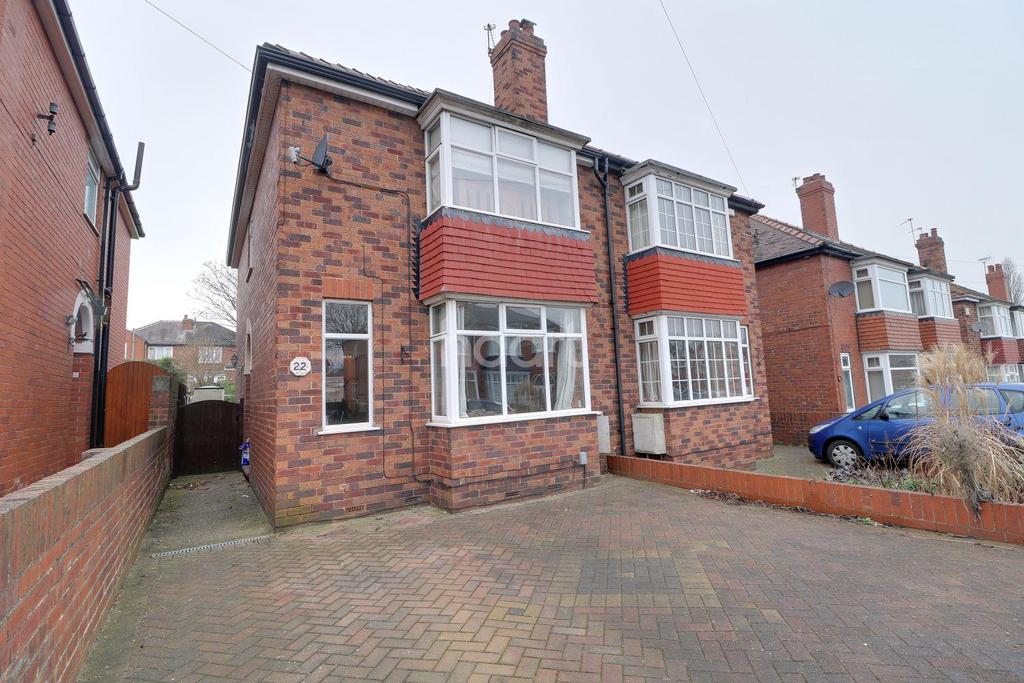 3 Bedrooms Semi Detached House for sale in Grove Hill Road, Wheatley Hills, Doncaster