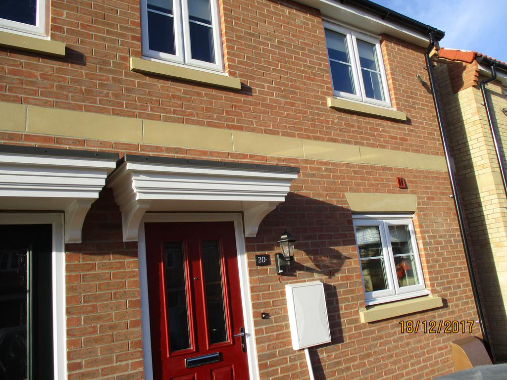 3 Bedrooms End Of Terrace House for rent in Hetterley Drive, Barleythorpe, Oakham LE15