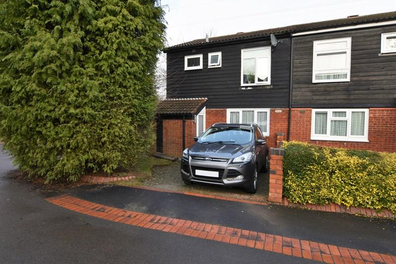 2 Bedrooms Semi Detached House for sale in Pembridge Close, Birmingham