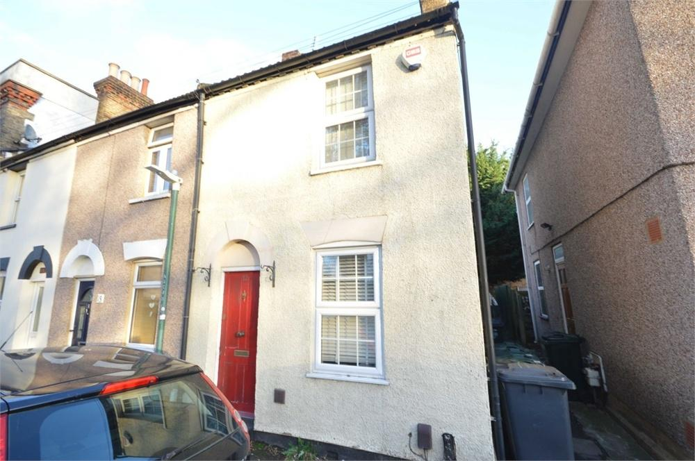 2 Bedrooms End Of Terrace House for sale in Great Queen Street, Dartford