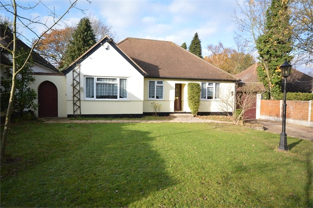 4 Bedrooms Detached Bungalow for sale in New Barn Road, New Barn