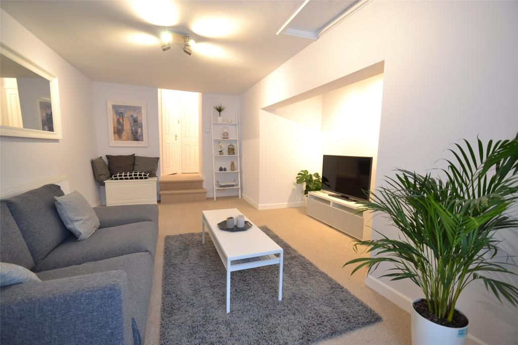 2 Bedrooms Apartment Flat for sale in Newport Road, Barnstaple