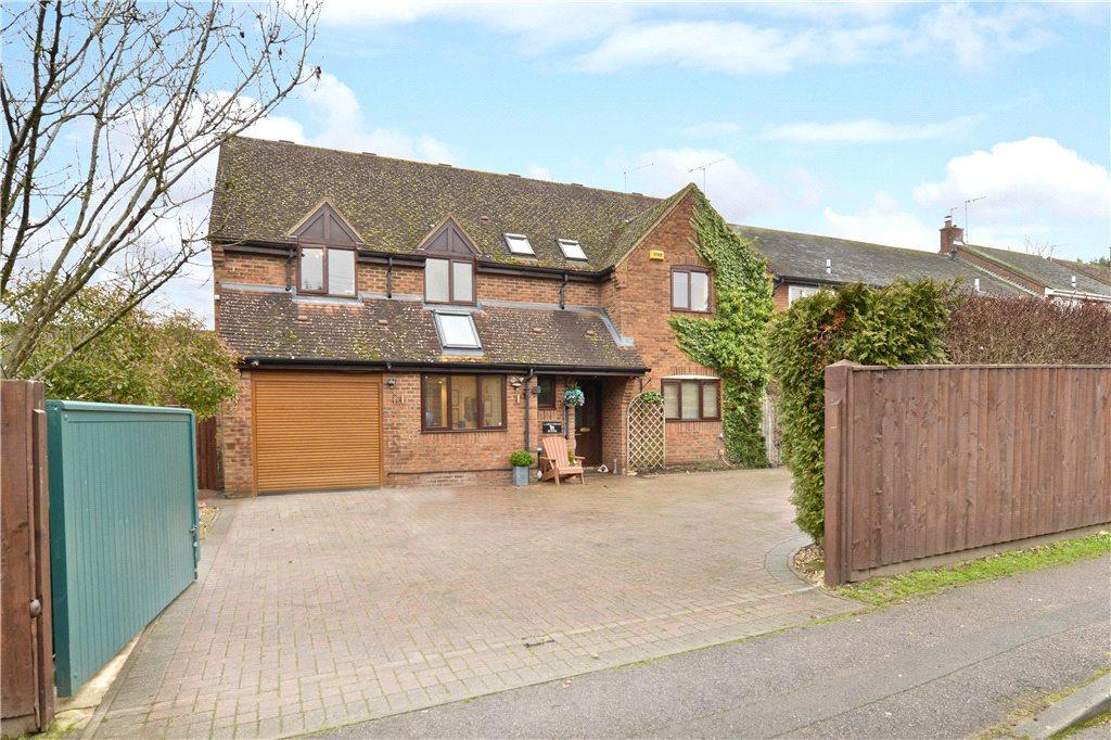 5 Bedrooms Detached House for sale in Addison Road, Steeple Claydon, Buckinghamshire