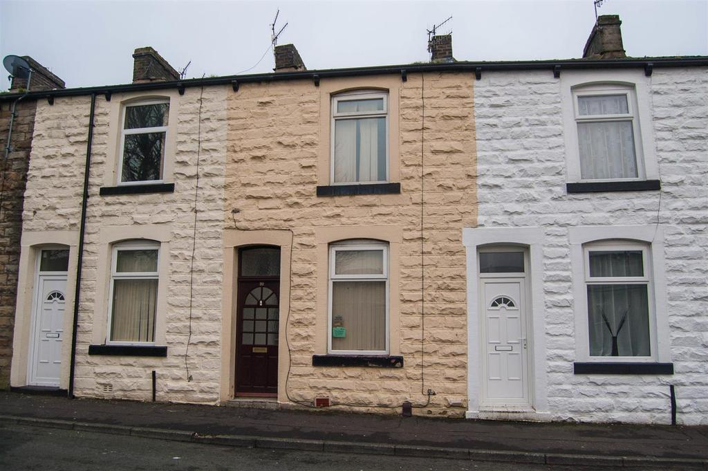 2 Bedrooms Terraced House for sale in Every Street, Burnley