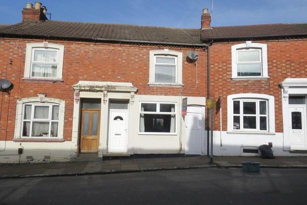 3 Bedrooms Terraced House for sale in Gordon Street, Semilong, Northampton, NN2