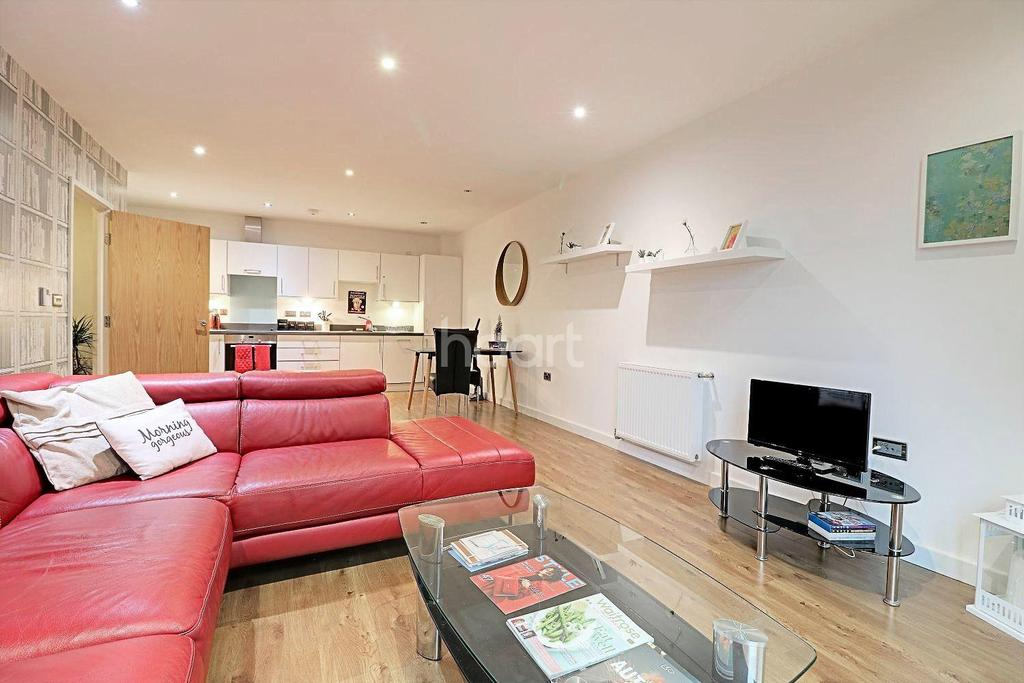 1 Bedroom Flat for sale in Ruby Court, Warton Road, Stratford, London, E15