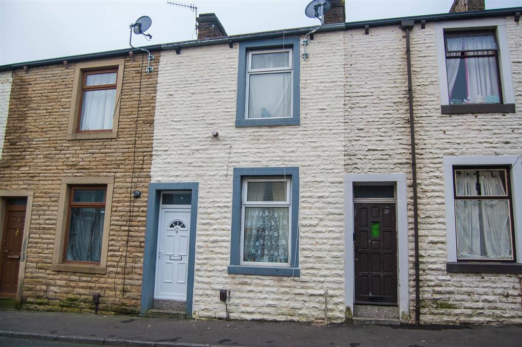 2 Bedrooms Terraced House for sale in Willis Street, Burnley
