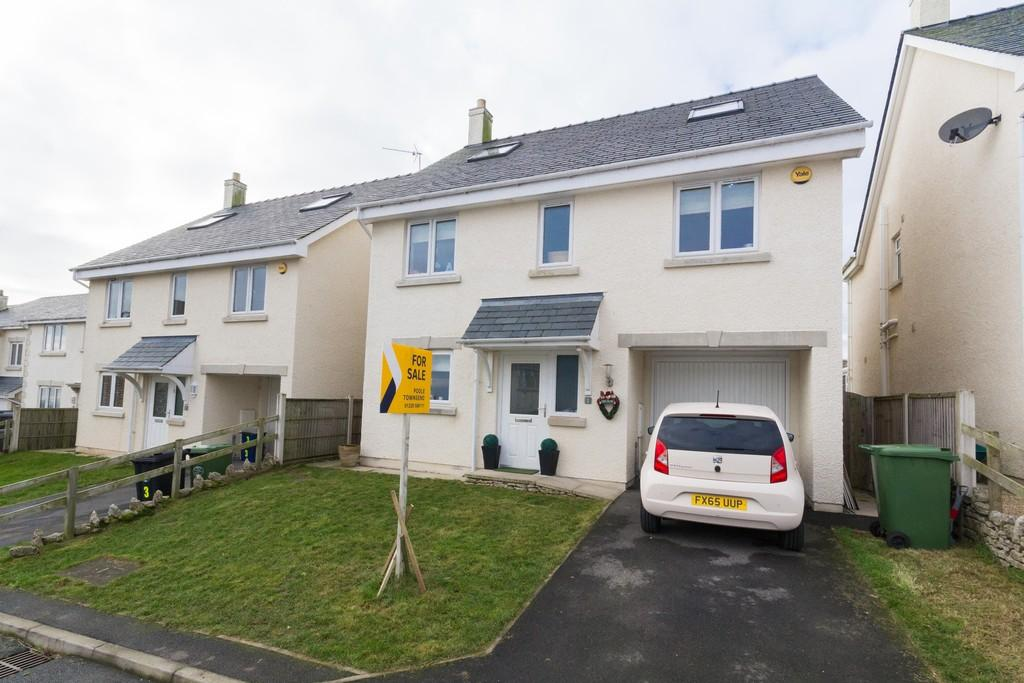 5 Bedrooms Detached House for sale in Bay View Road, Baycliff, Ulverston