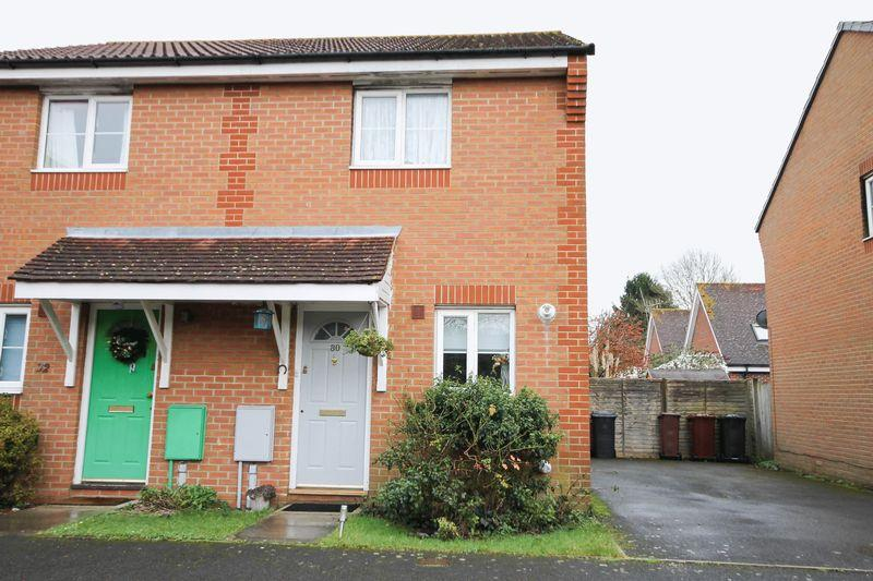 2 Bedrooms Semi Detached House for sale in Bramley Gardens, Emsworth