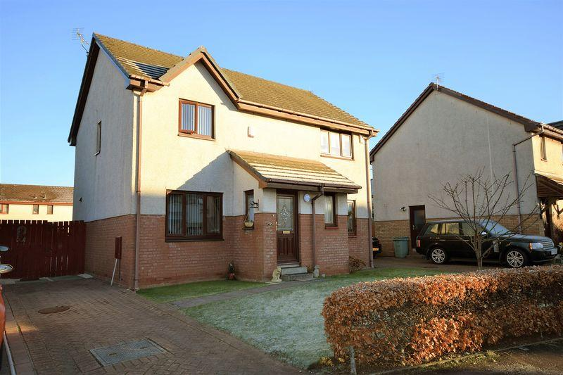 3 Bedrooms Semi-detached Villa House for sale in 18 Moor Park, Prestwick,KA9 2NJ