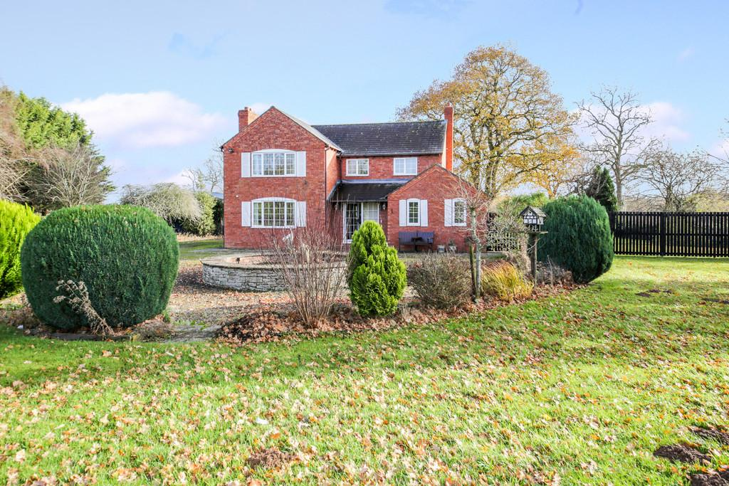 3 Bedrooms Detached House for sale in Orleton, Ludlow, Shropshire, SY8 4JA