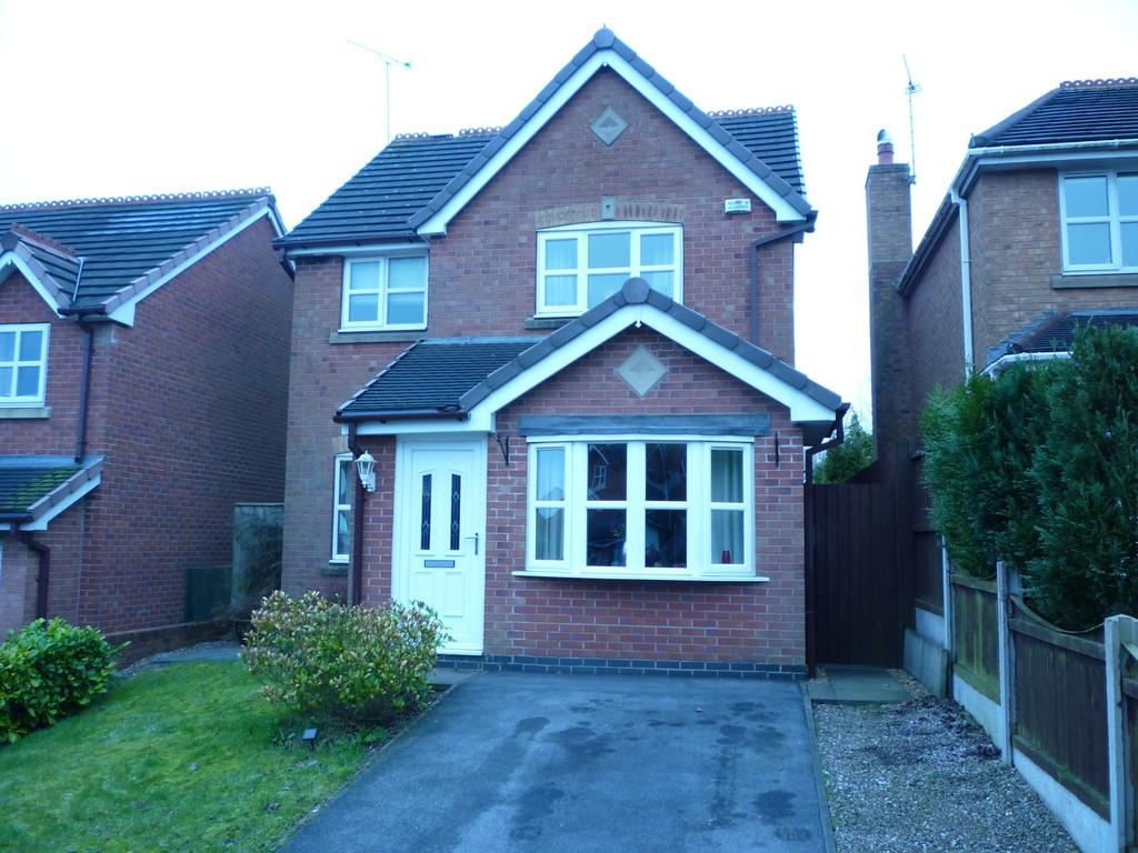 3 Bedrooms Detached House for sale in Ruabon Close, Biddulph