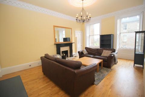 3 bedroom flat to rent - Oxford Street, Newington, Edinburgh, EH8 9PH