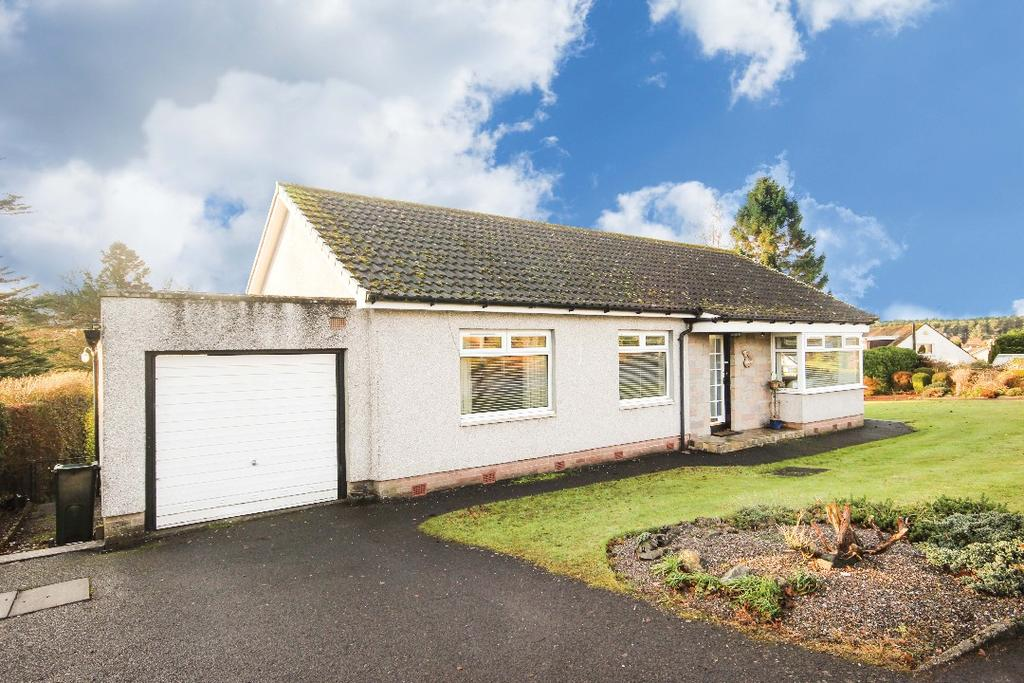 3 Bedrooms Detached Bungalow for sale in Spoutwells Drive, Scone, Perthshire, PH2 6RR