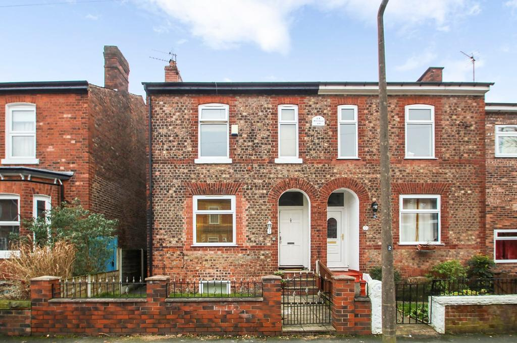 3 Bedrooms Semi Detached House for sale in Dartford Road, Urmston, Manchester, M41