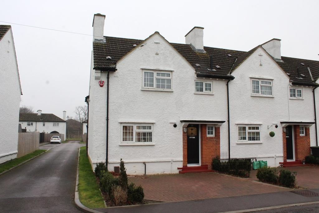 3 Bedrooms End Of Terrace House for sale in Derwent Road, Henlow, SG16