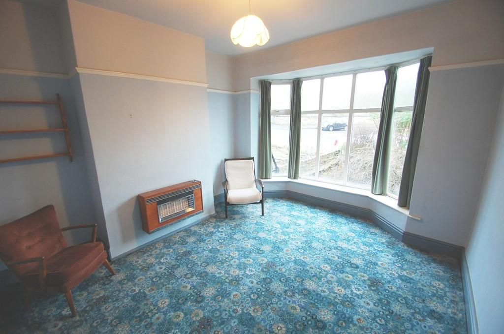 3 Bedrooms Semi Detached House for sale in Oozehead Lane, Off Saunders Road, Blackburn