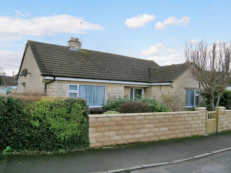 3 Bedrooms Bungalow for sale in Bradford on Avon
