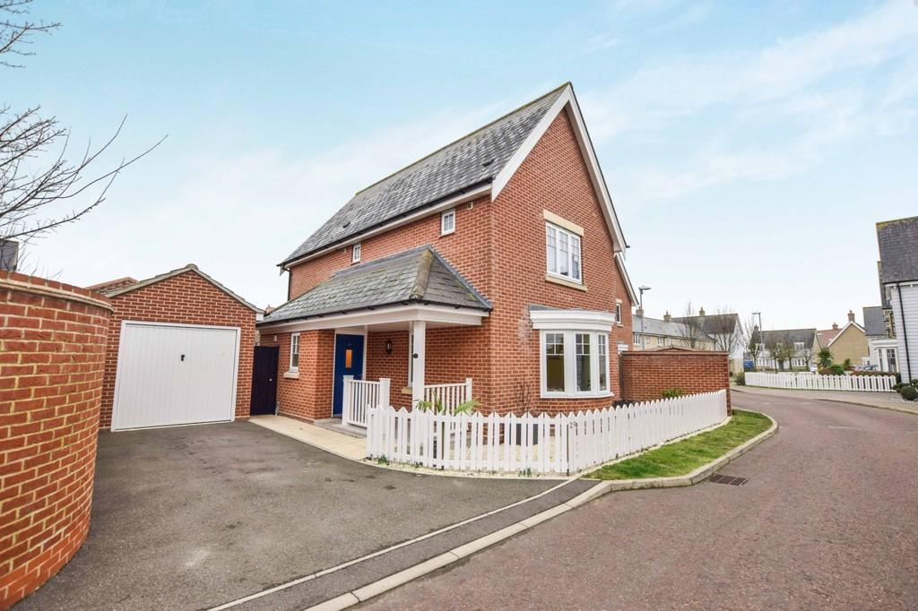 3 Bedrooms Detached House for sale in Glebe View, West Mersea, CO5 8GH