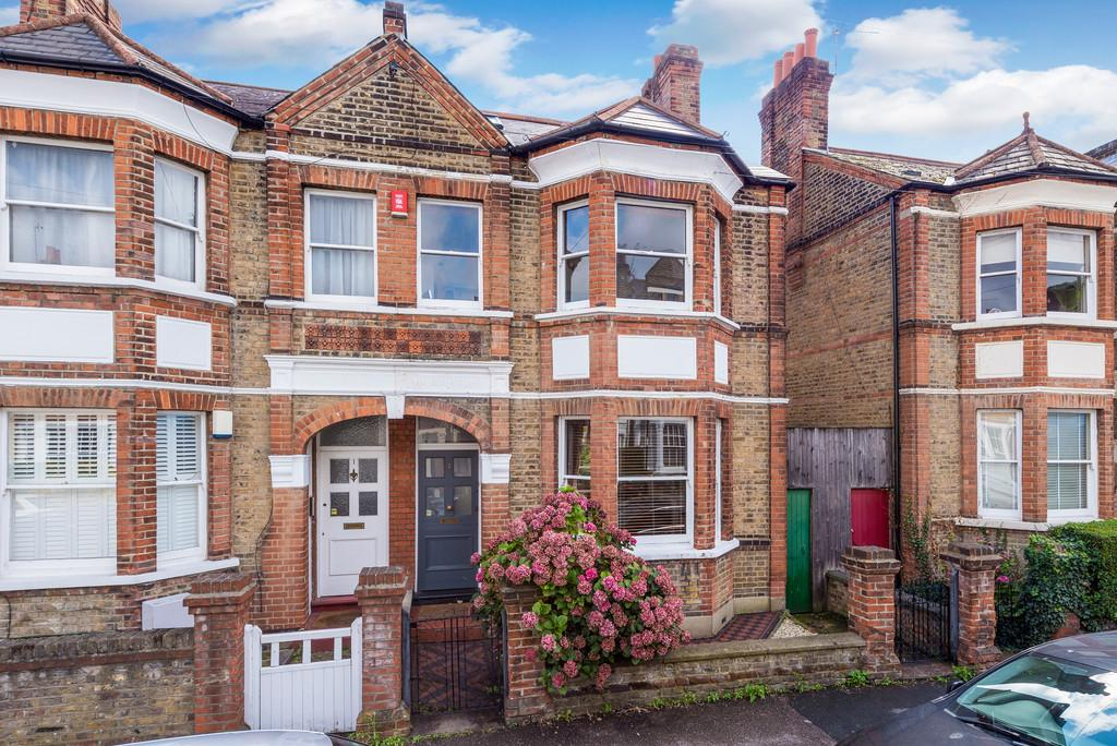 5 Bedrooms Semi Detached House for sale in Wyleu Street SE23