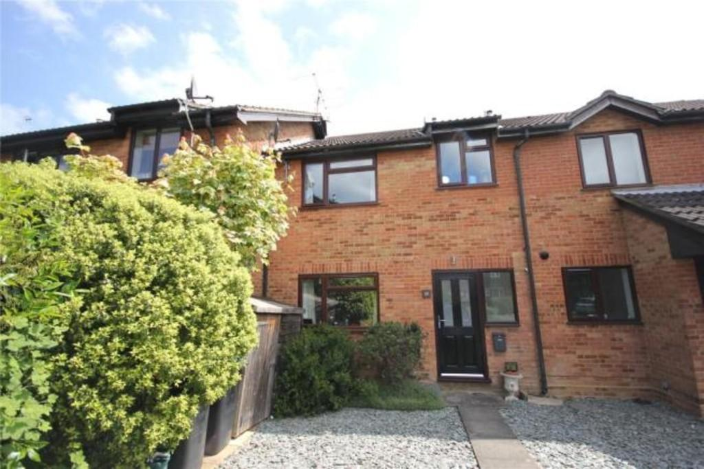 2 Bedrooms Terraced House for sale in Goldsworth Park, Woking