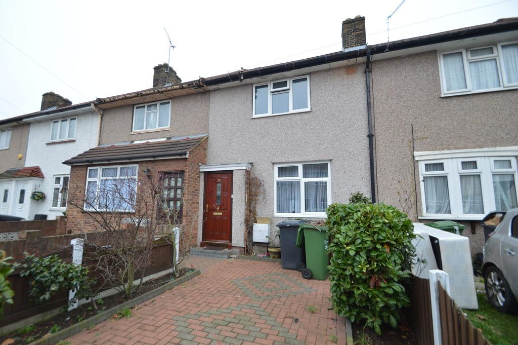 2 Bedrooms Terraced House for sale in Manning Road, Dagenham