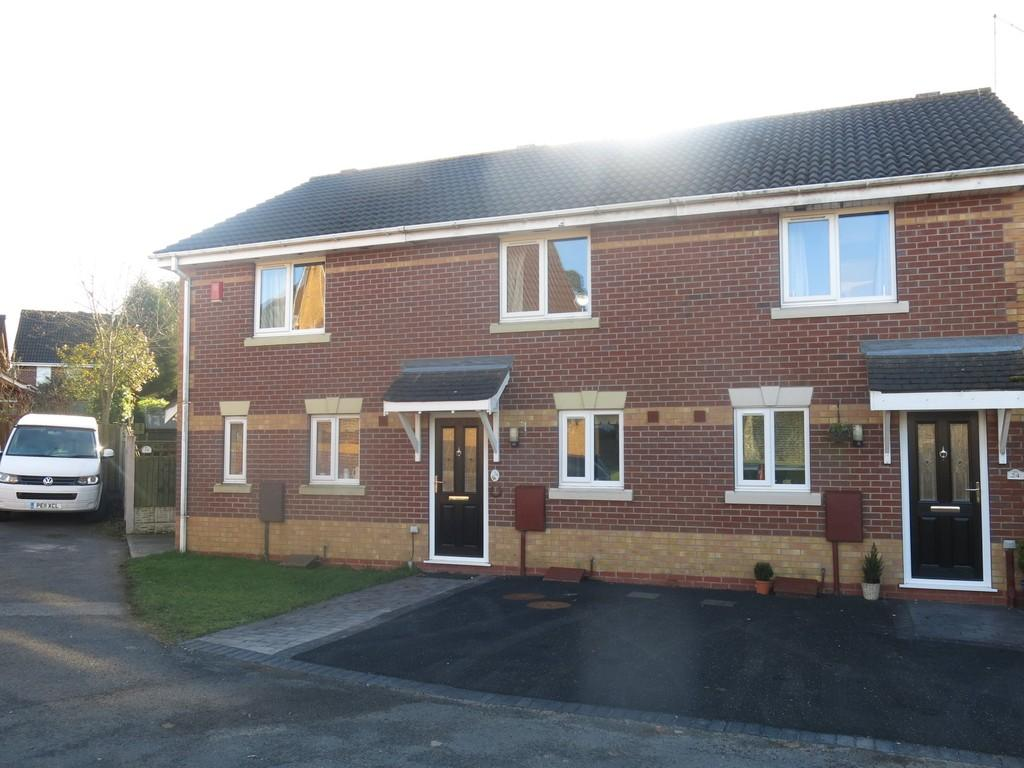 2 Bedrooms Mews House for rent in Lapwing Road, Kidsgrove