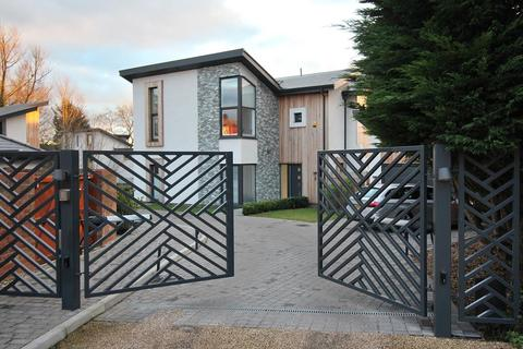 5 bedroom detached house for sale - Eden Waters, Chelmsford, CM1