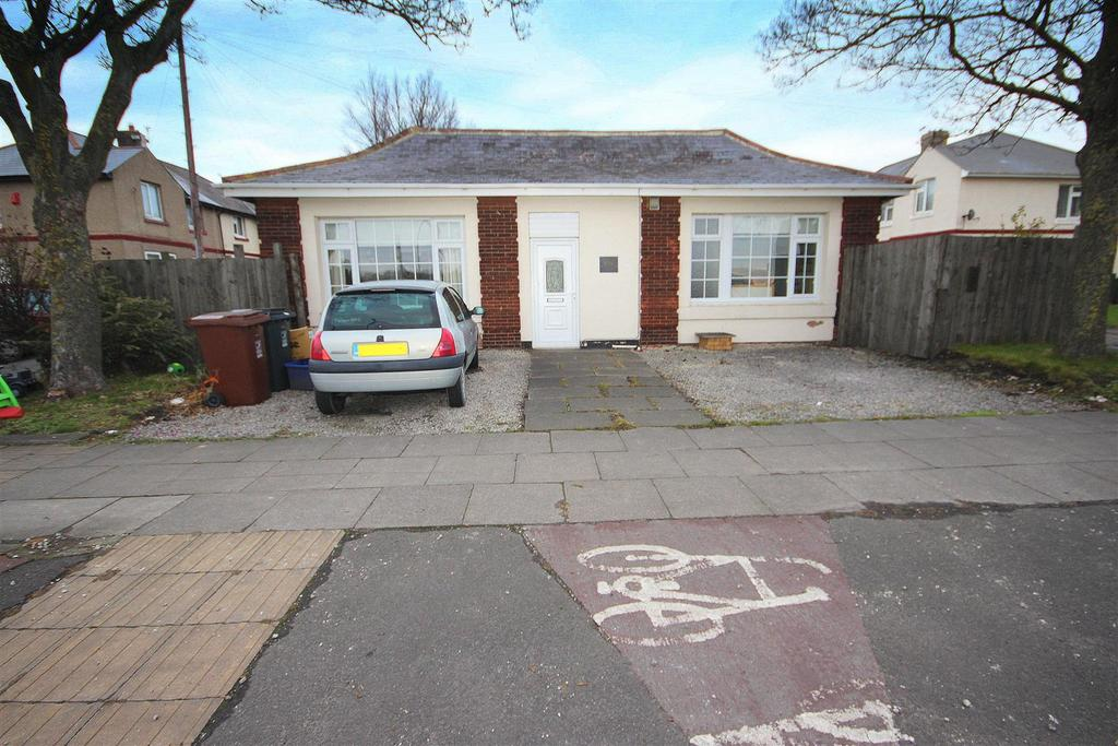 2 Bedrooms Detached Bungalow for sale in West View Road, Hartlepool