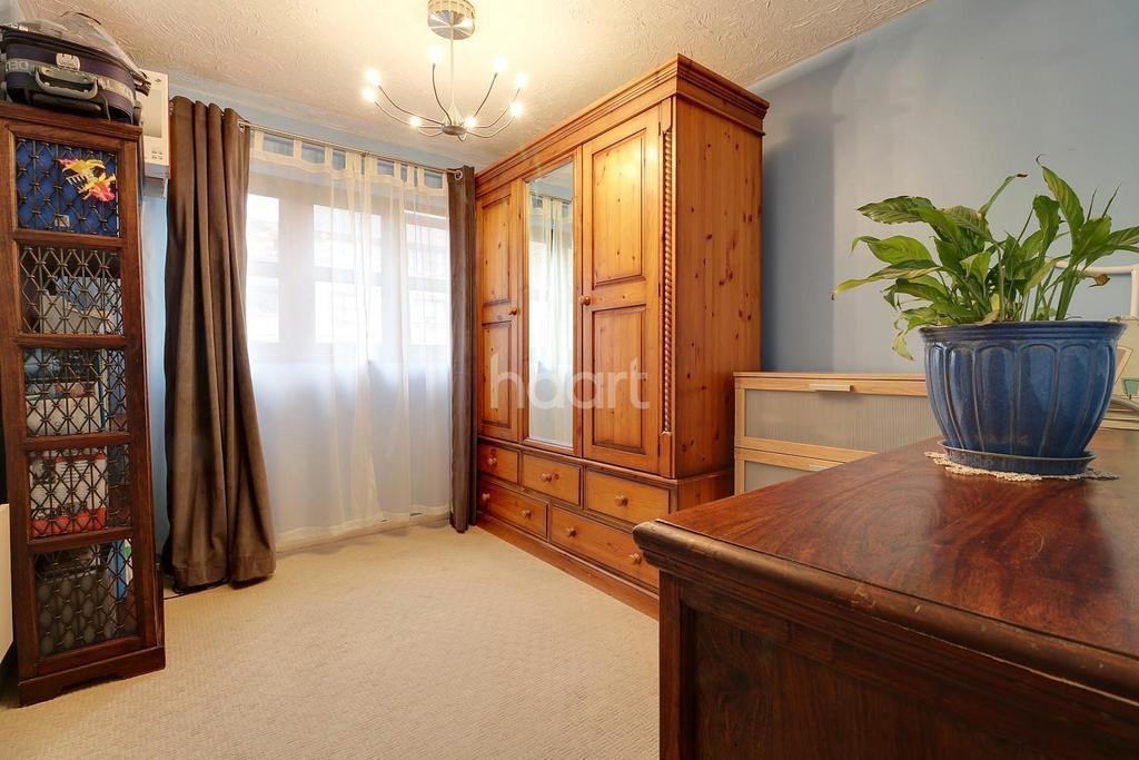 1 Bedroom Flat for sale in Kenwyn Road, Dartford, DA1