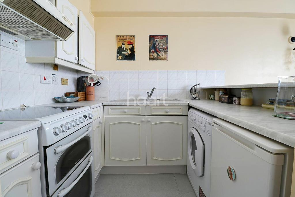 1 Bedroom Flat for sale in Kenwyn Road, Dartford, DA1